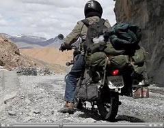 Roshan et Shreerang sur la Manali-Leh highway