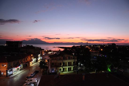 Coucher de soleil sur Beysehir, Turquie 2011
