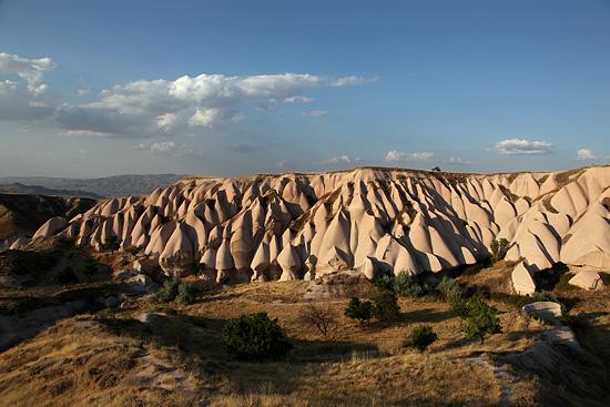 Paysage de Cappadoce, aux environs d'Uchisar, Turquie 2011.