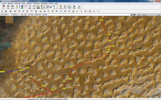 Waypoints et route dans l'erg de Murzuk sur image satellite