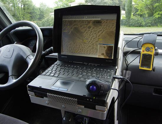 Système de navigation gps tout-terrain embarqué