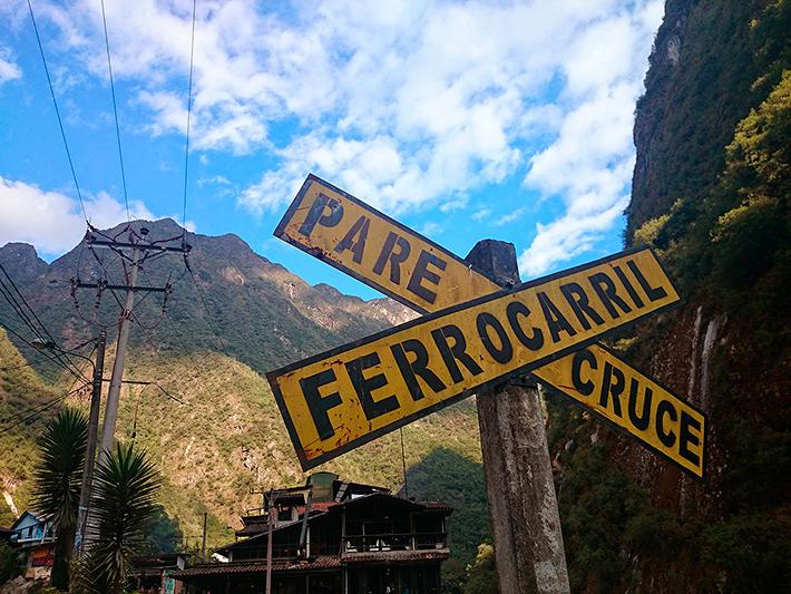 Signalisation ferroviaire a Aguas-Calientes, Pérou - 2014