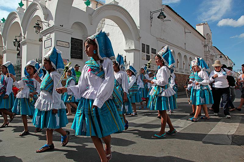 Défilés pour la fête de la Virgen de Guadalupe, Sucre, Bolivie - 2014