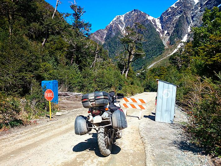Bloqué par les travaux, Carretera Austral, Patagonie, Chili - 2014