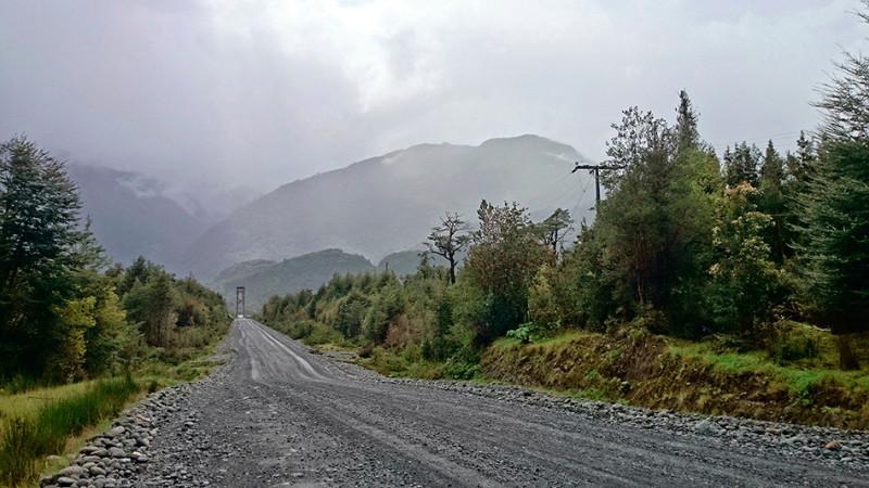 La Carretera Austral sous les nuages et la pluie, Chili - 2014