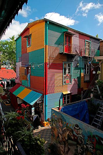 Maisons colorées, quartier de la Boca, Buenos Aires, Argentine - 2014
