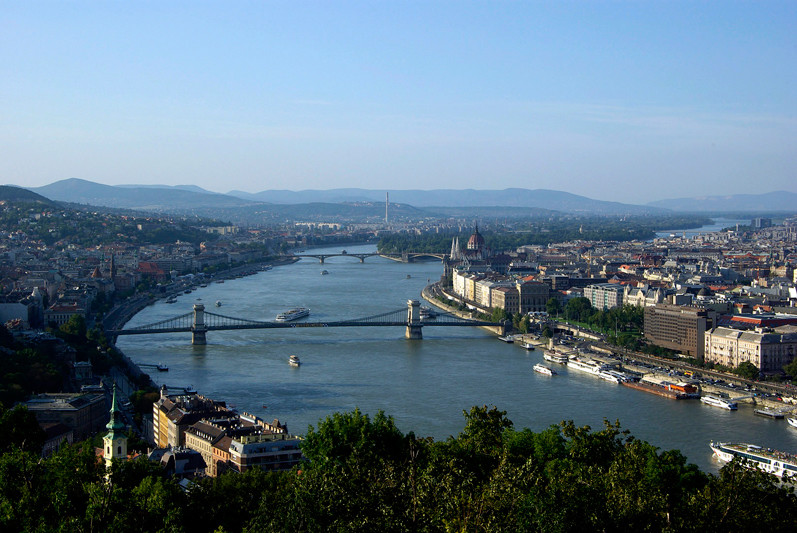Hongrie - Budapest, vue depuis la colline Gellert - 2009