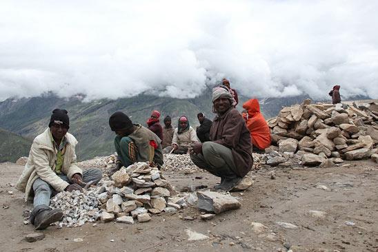 Les forçats de l'Himalaya - Le Ladakh en Royal Enfield - Inde 2010