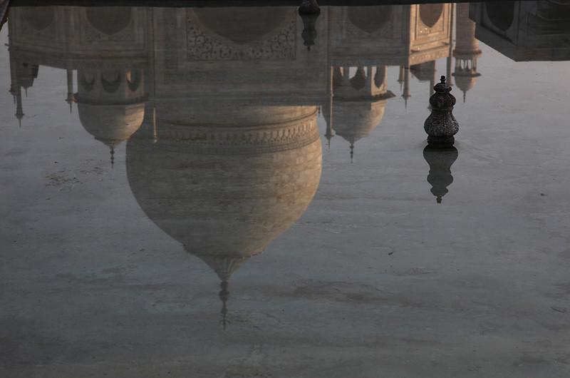 Le Taj Mahal, reflets dans les bassins - Agra, Inde 2012
