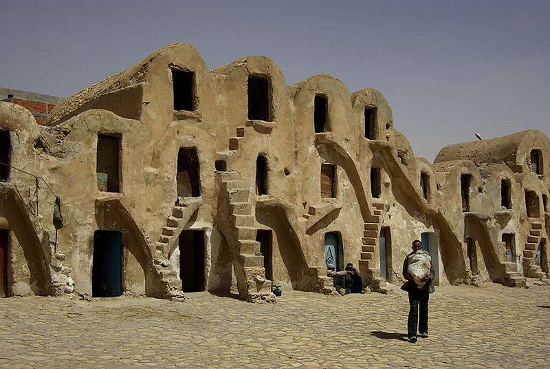 Anciens greniers à grain, Medenine - Tunisie 2009