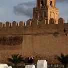 Le cimetière et les remparts de la médina, Kairouan - Tunisie 2012