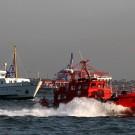 Un bateau anti-incendie sur le Bosphore, Istanbul - Turquie 2013