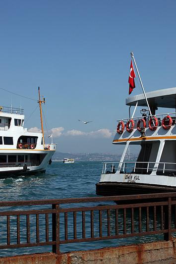 Sur les quais d'Eminönü, Istanbul - Turquie 2013