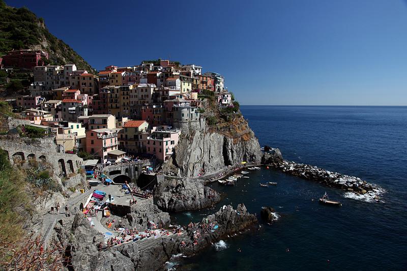 Le village de Manarola dans les Cinque Terre, Ligurie, Italie