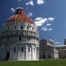 Le Baptistère sur la piazza del Duomo, Pise, Toscane, Italie - août 2013
