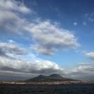 Le Vésuve, vu depuis la baie de Naples, Italie - août 2013
