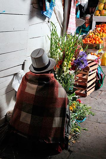 Fleuriste, mercado San Pedro, Cuzco, Pérou - 2014
