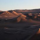 Derniers rayons de soleil sur les dunes de Huacachina, Pérou - 2014