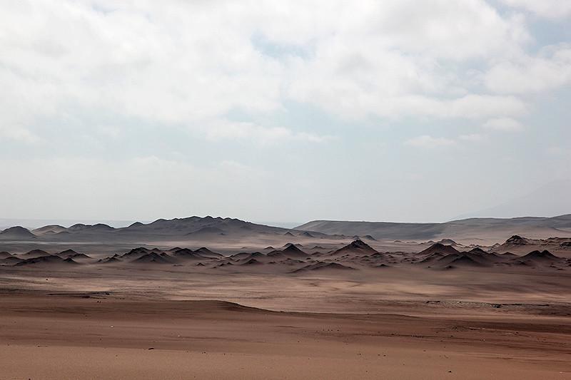 Le désert aux environs de Nazca, Pérou - 2014
