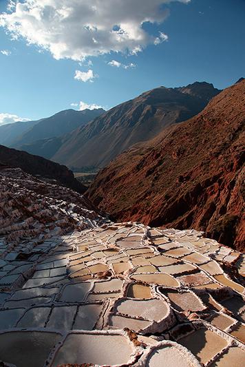 Les salines de Maras en fin de journée, Pérou - 2014