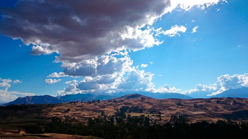 Paysage Andin aux environs de Chinchero, Pérou - 2014