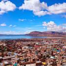 La ville de Puno, au bord du lac Titicaca, Pérou - 2014