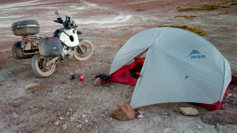 Bivouac, le coin cuisine, Bolivie - 2014