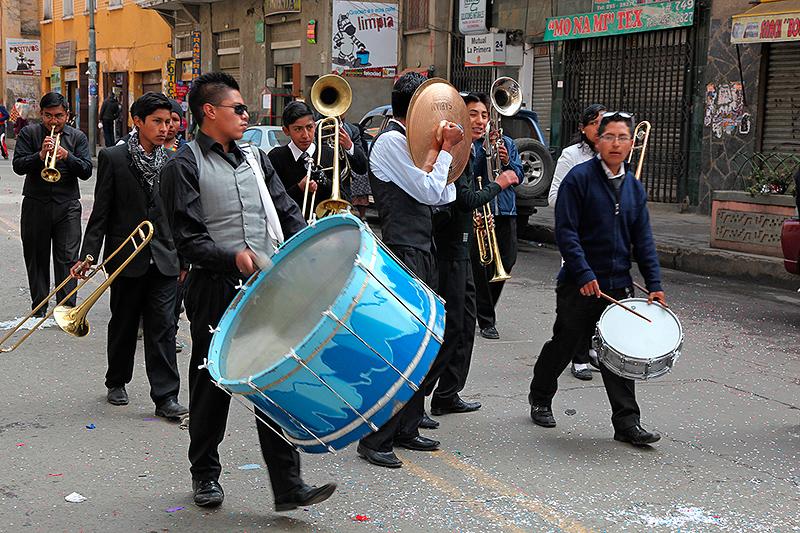 Les fanfares du défilé, La Paz, Bolivie - 2014
