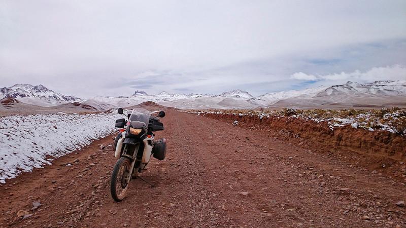 Sur la piste, après la neige, San Pablo de Lipez, Bolivie - 2014