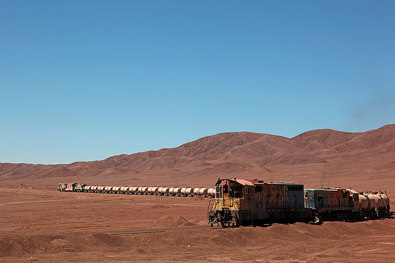 Un train dans le désert d'Atacama, Chili -2014