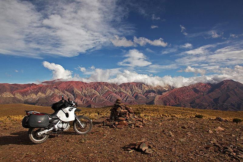 Le mirador d'Hornocal à moto, Humahuaca, Argentine - 2014