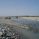 Dans le cours de la rivière du dragon de Jade au petit matin - Hotan, Xinjiang, Chine, 2005