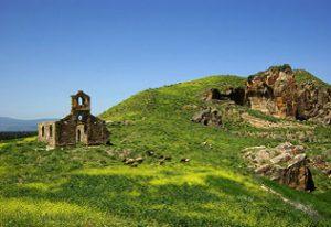Eglise en ruine dans les carrières de Chemtou