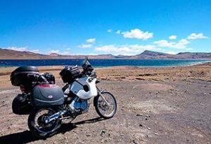 Lac d'altitude à 4000m sur l'altiplano au Pérou
