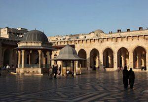 La cour de la mosquée des Omeyades à Alep